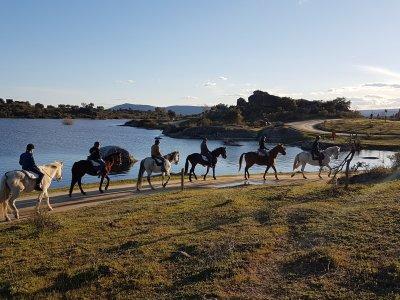 Ruta a caballos en Los Barruecos 1 hora