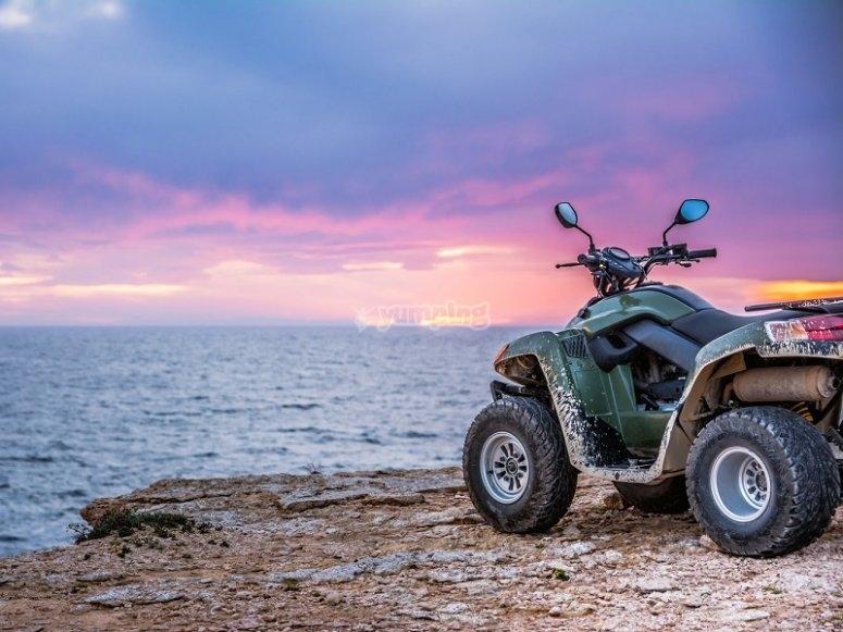 Montar en quad en Ibiza