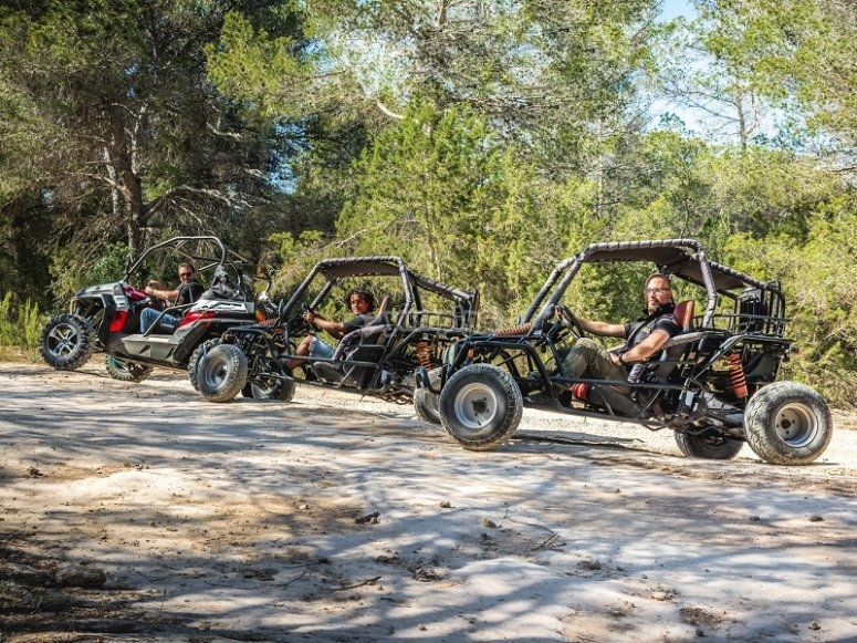 Recorrido en buggy en Ibiza
