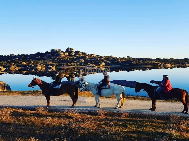 Horse riding tour across the sceneries of Game of Thrones