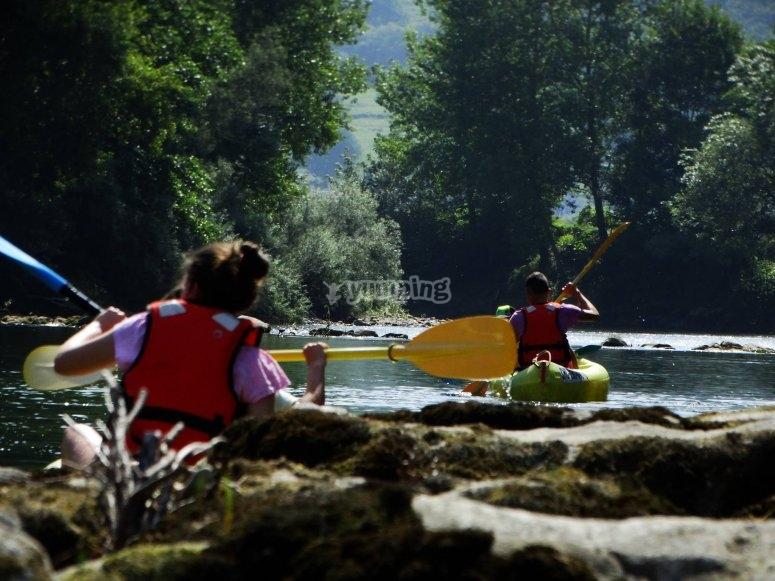 Navega por el rio