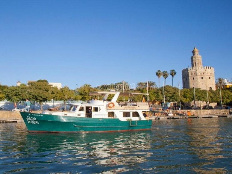 Yacht for a romantic date plying the waters of the Guadalquivir