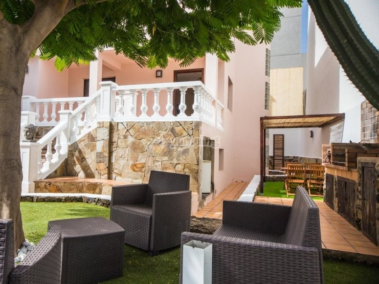 Zona chillout surf house Corralejo