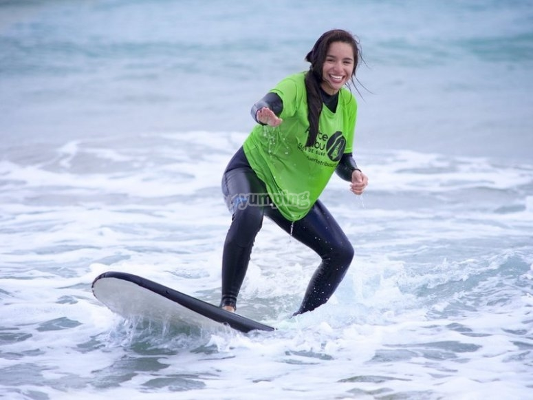Clase de surf en Corralejo