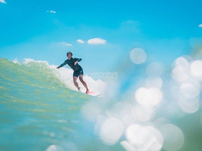 Disfruta del surf en Fuerteventura