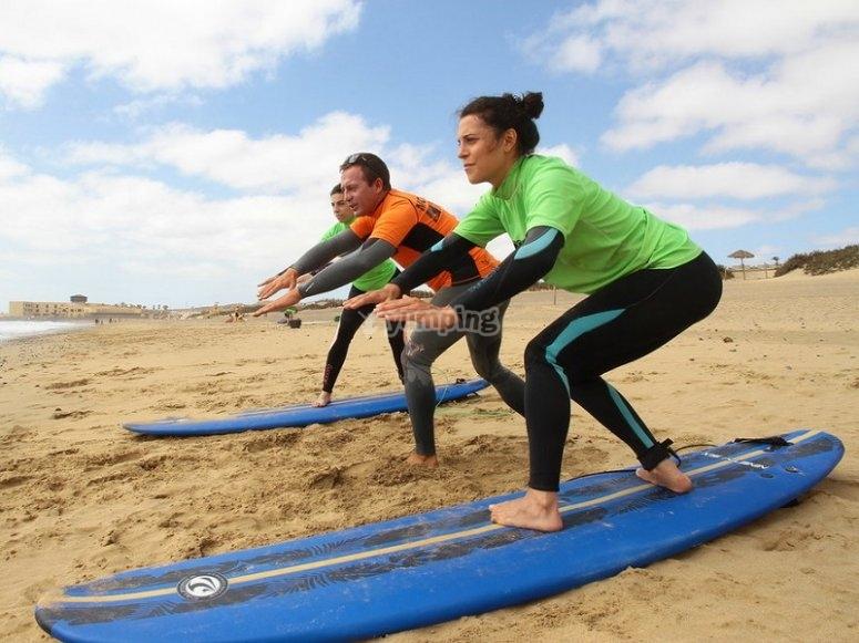 Practicas de surf en Corralejo