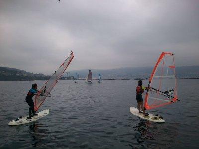 Bautismo de windsurf en Moaña, 3 h