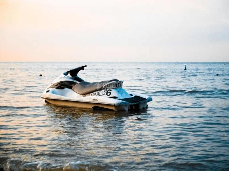 Jet skis in Alicante