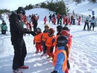 阵营友谊 - 婴儿滑雪