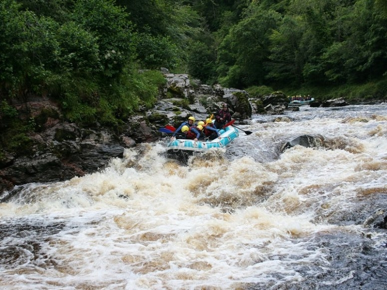Rafting session in whitewaters