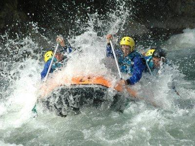 Rafting en el río Esera de Campo a Pirámides 12 km