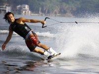 Bautismo de wakeboard en Moaña