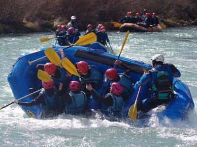Rafting familiar en río Esera en Benasque adultos