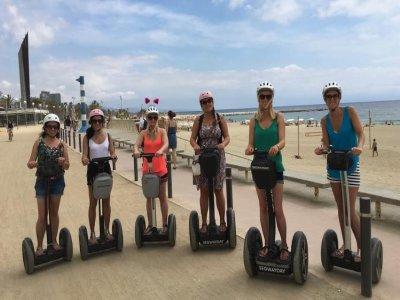 乘坐Segway代步车游览巴塞罗那1小时