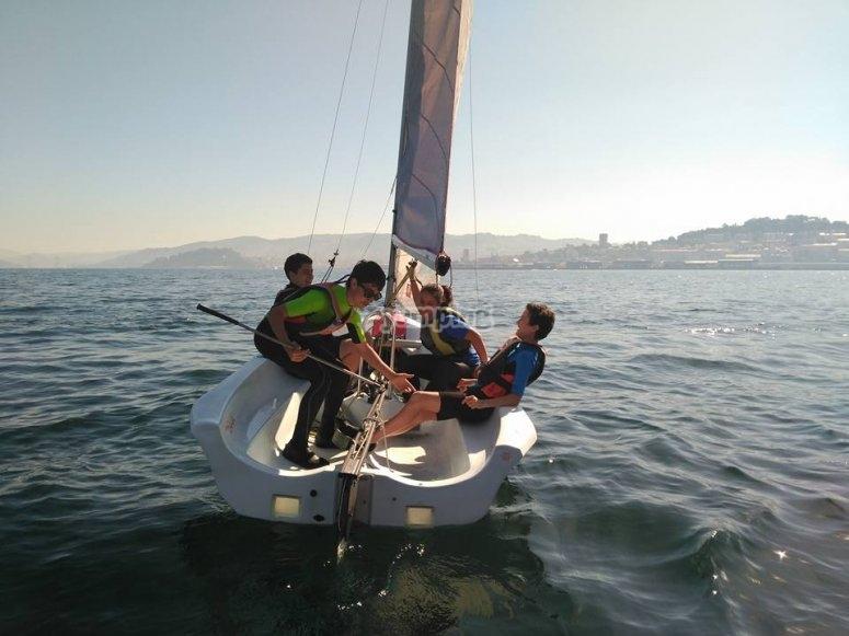 Sailing session on sailing boat