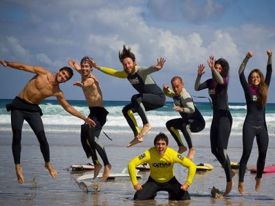 Raz Surf Camp  Campamentos de Surf