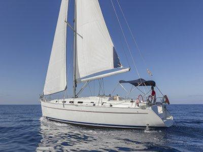 Alquiler de barco con patrón en Adeje Día Completo