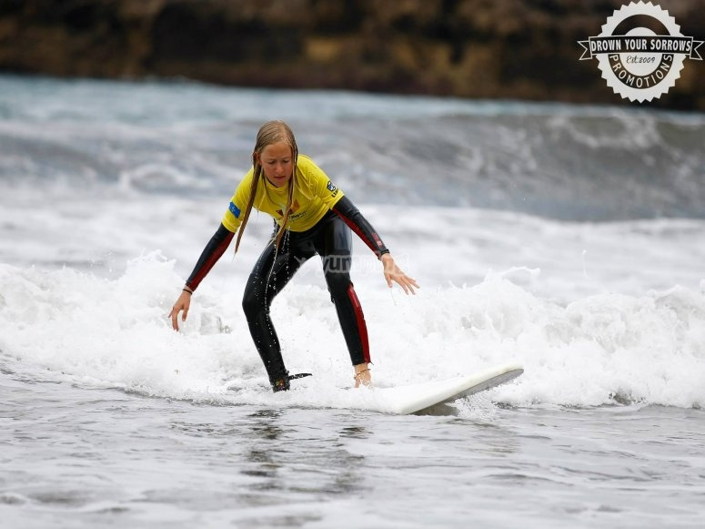 Corsi di surf Llanes