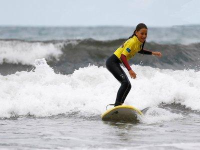 Corso di surf a Llanes 14 ore