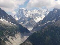 Espectaculares rutas de trekking en montañas nevadas