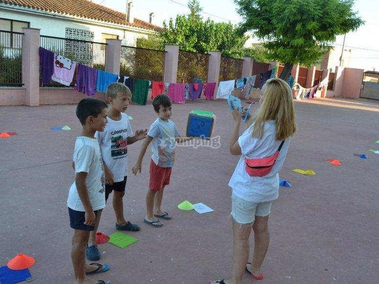 Juegos en campamento Sant Mateu