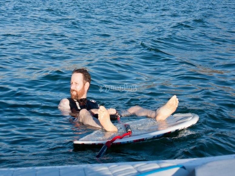 Descansando tras una sesión de wake en Aguadulce