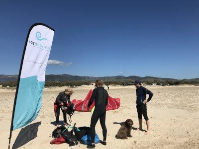 在塔里法(Tarifa)打包6小时私人风筝冲浪课程