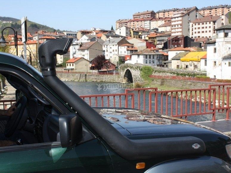 Ruta en 4x4 y menú asturiano