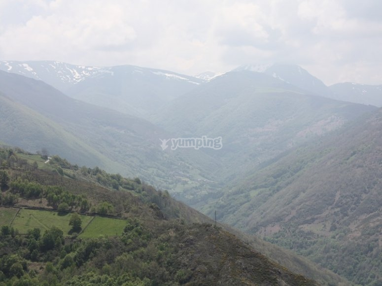 Discover the landscapes of Narcea