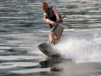 A toda velocidad con el wakeboard