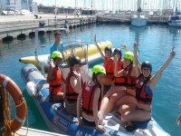 Grupo antes de practicar banana Boat en Valencia