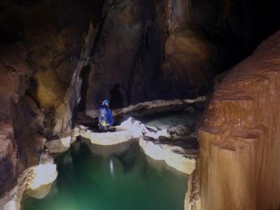 Caving Gours de Coventosa Picnic + Pics