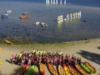 Grupo de kayaks
