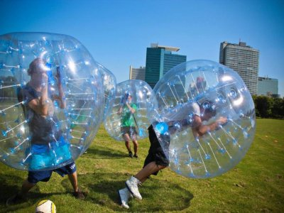 Addio al celibato Bubble Soccer Málaga 1 ora