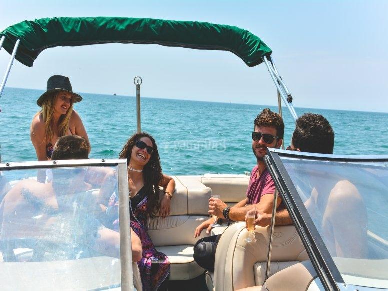 Disfruta un día en barco