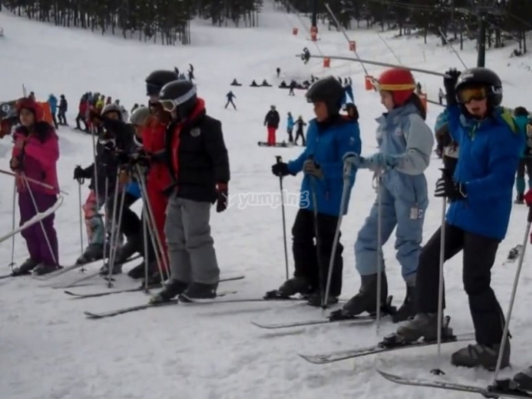 滑雪学校在索尔索纳县