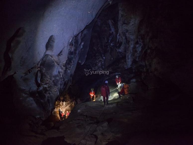 Barranquismo subterraneo