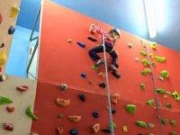Escalando por la pared