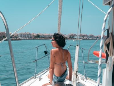 半天在韦尔瓦海岸租用帆船