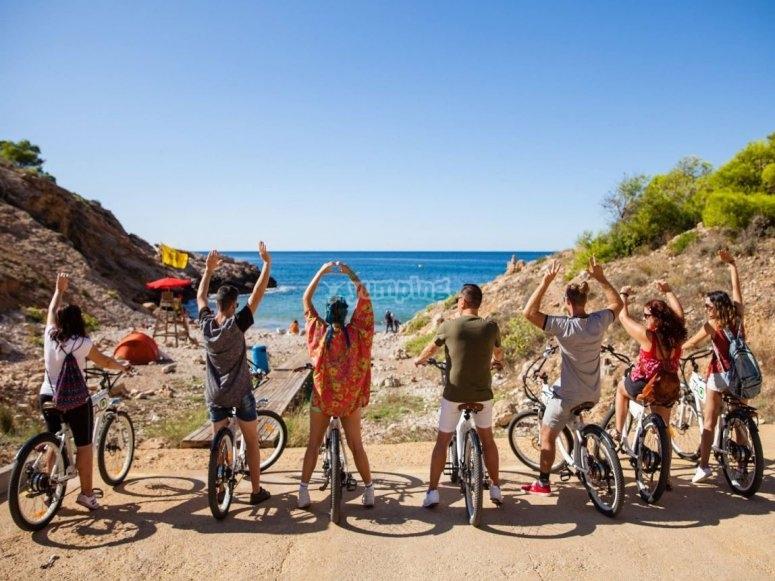 A group by a bike through Benidorm