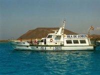 barco isla de lobos