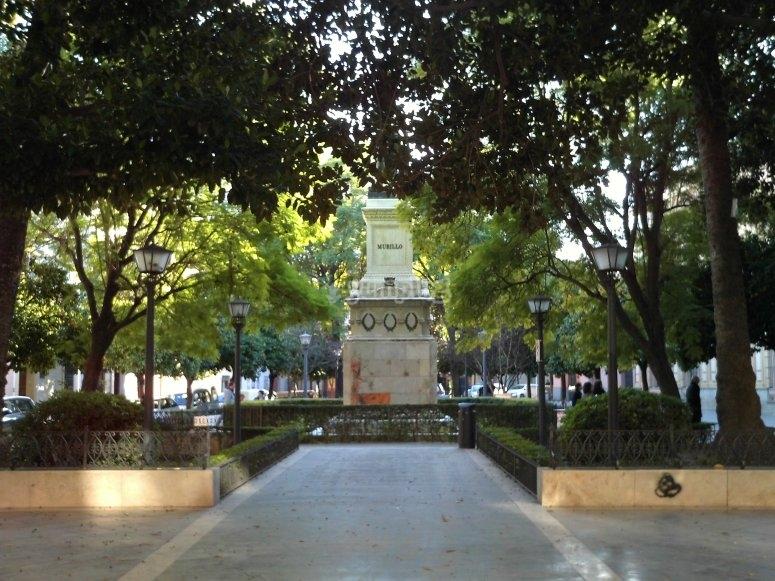 Plaza del museo en Sevilla
