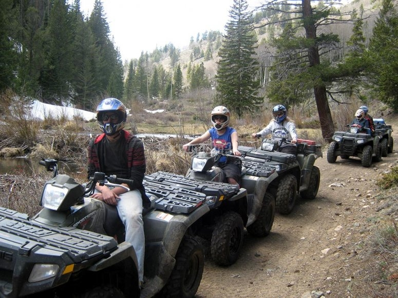 Route by quad with friends