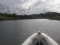Camminando su una barca