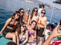 Fiesta en barco de despedida de soltera
