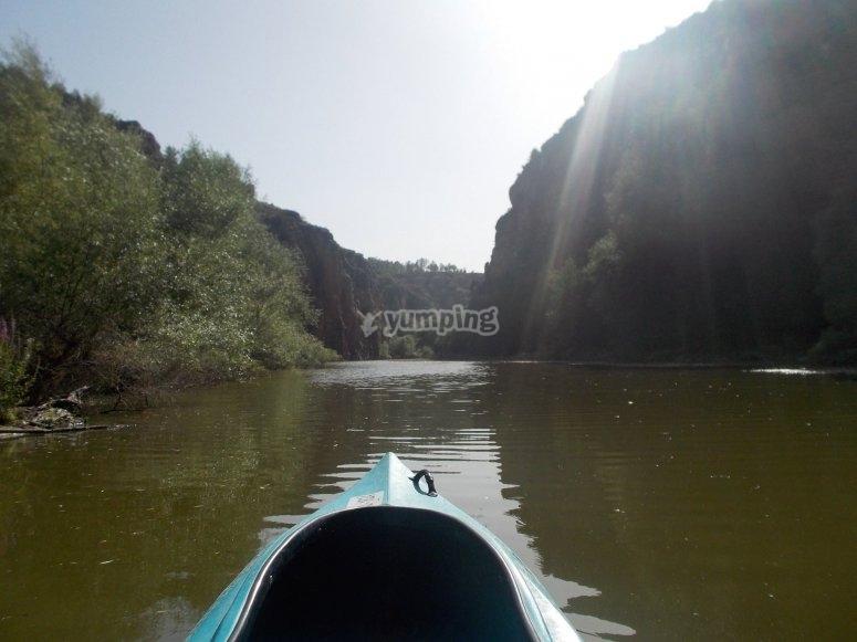 沿着Duraton河航行