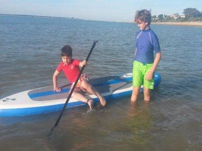 18 KNOTS Paddle Surf