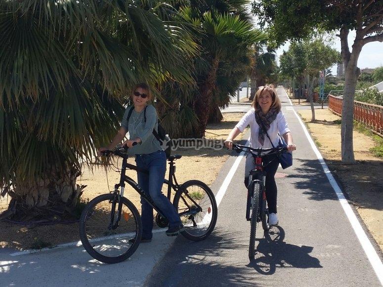 Paeja de ciclistas