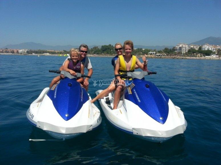 Excursion con moto acuatica