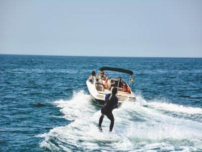 Wakeboard w. Motorboat in Platja d'Aro, 1 Hour